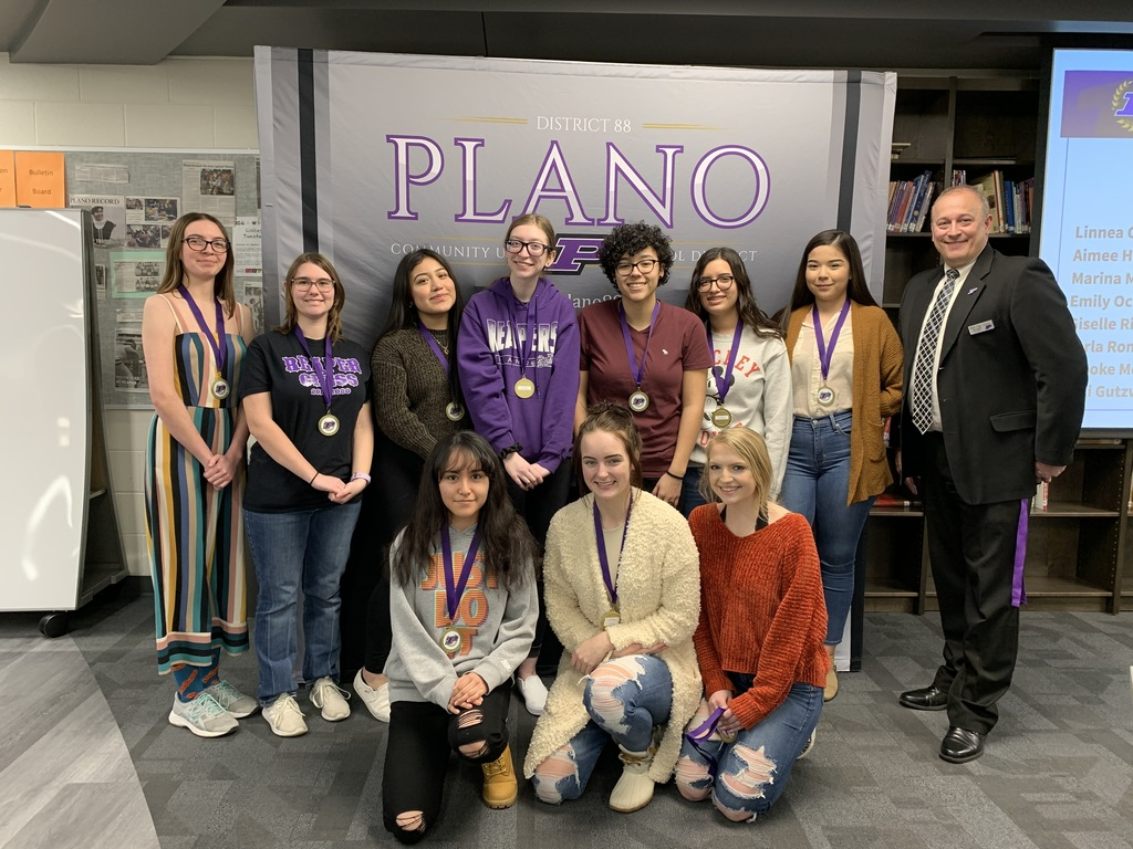 PHS Art Students receive scholarships